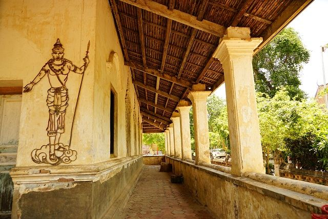 Wat Samraong Knong2