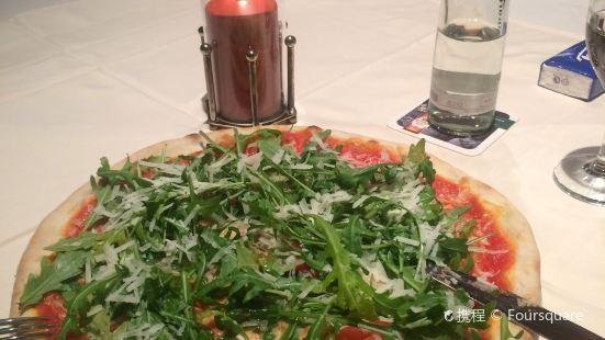 Ristorante-Pizzeria Adina