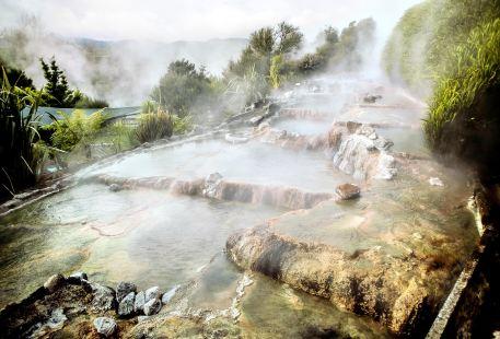 懷凱蒂山谷溫泉