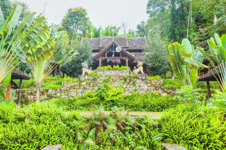 翁基布朗族老寨