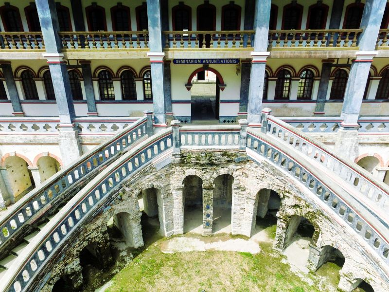 Bailu Monastery