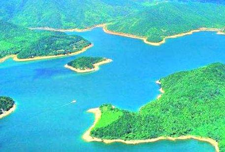 Feilong Lake Resort Area