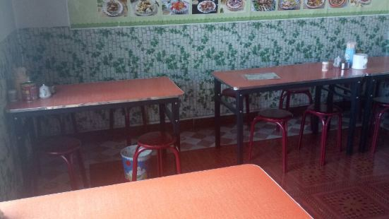 青海撒拉爾麵館