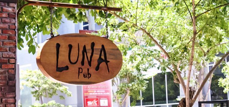 Luna Pub Danang