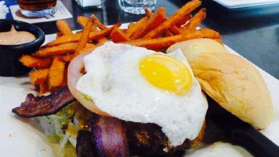 24 Taps Burgers & Brews