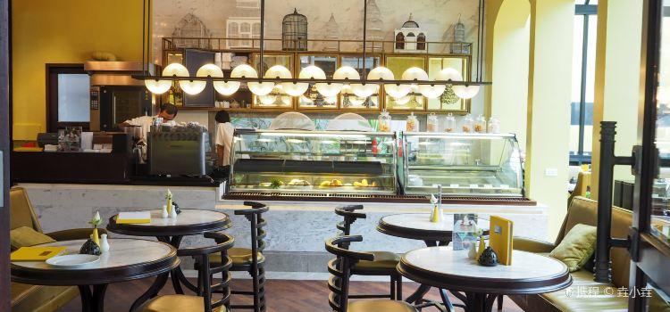 The Glasshouse Deli.Patisserie2