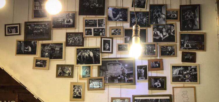 Mackenzie's Coffee House & Patisserie3