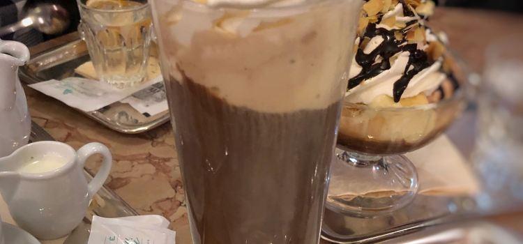托馬塞利咖啡館2