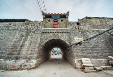 Gaizhou Bell Tower and Drum Tower
