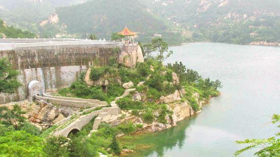 Erlong Mountain Sceneic Area