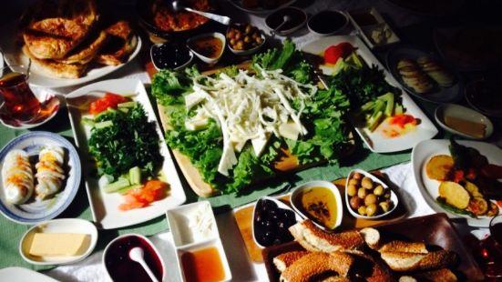 Limoon Cafe Restaurant