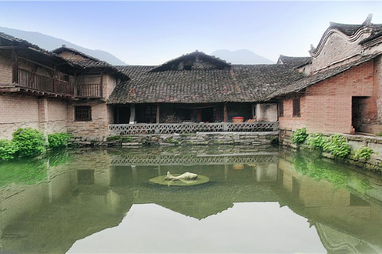 張谷英村2