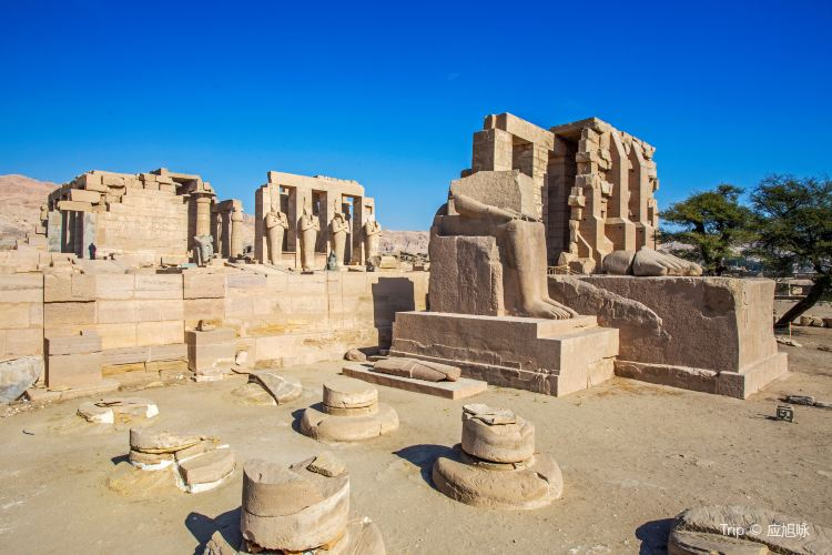 Ramesseum (Mortuary Temple of Ramses II)2