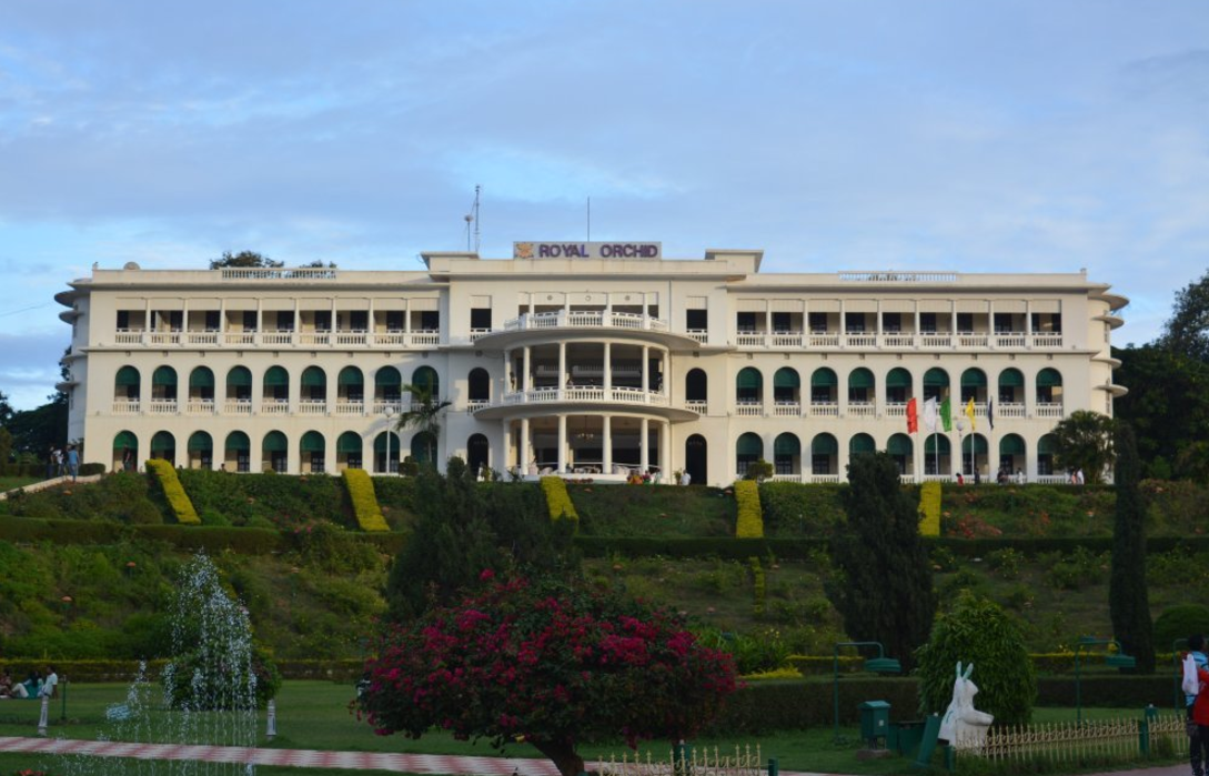 Manorville Mansion
