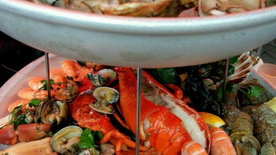 Lucius Seafood Restaurant