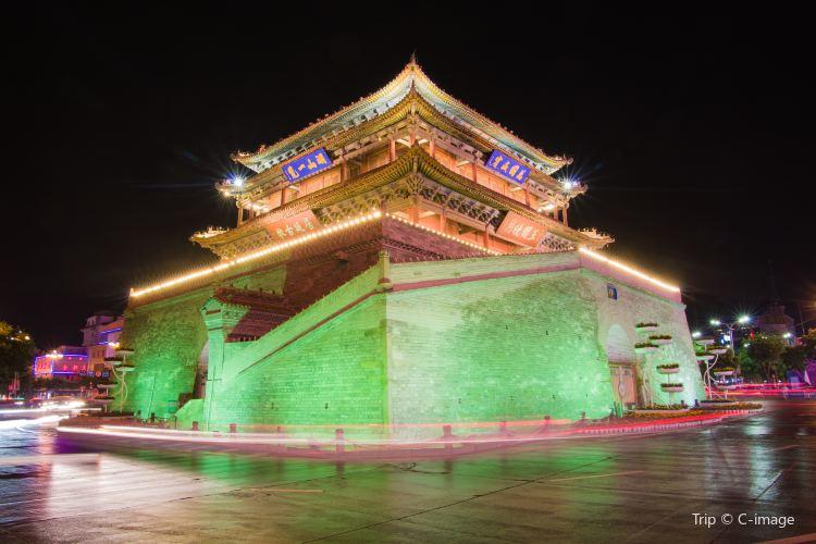 Zhangye Zhenyuan Tower1