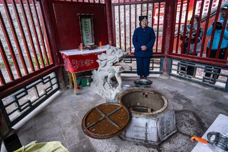 Yuquan Temple3