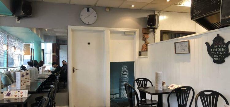 Magna Carta Cafe3
