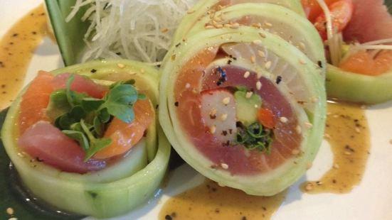 Tokyo Sushi Loha