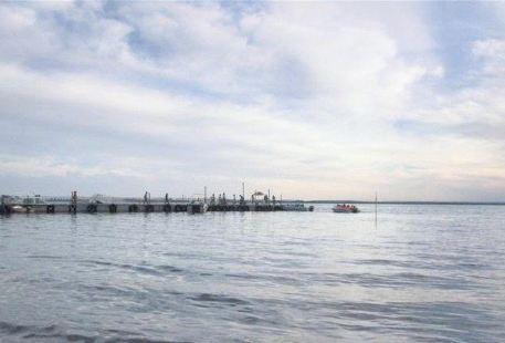 Shen Lake
