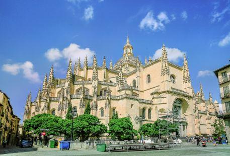 塞哥維亞大教堂