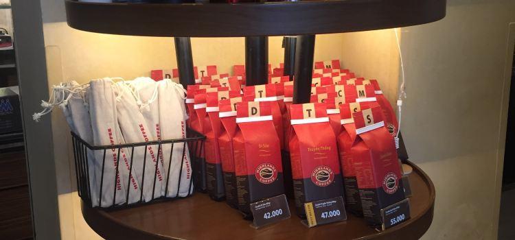 Highlands Coffee3