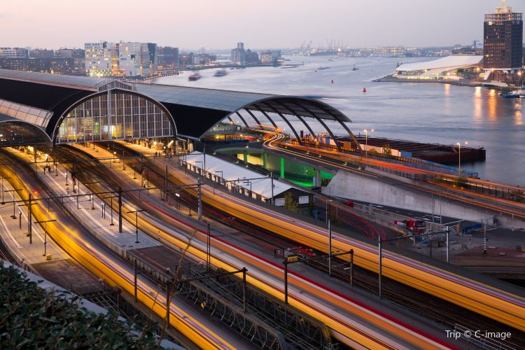 Centraal Station2