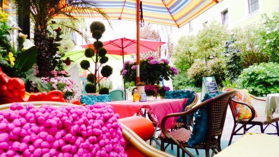 Playa Cafe-Restaurant