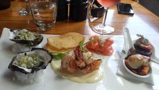 Hallam's Waterfront Restaurant