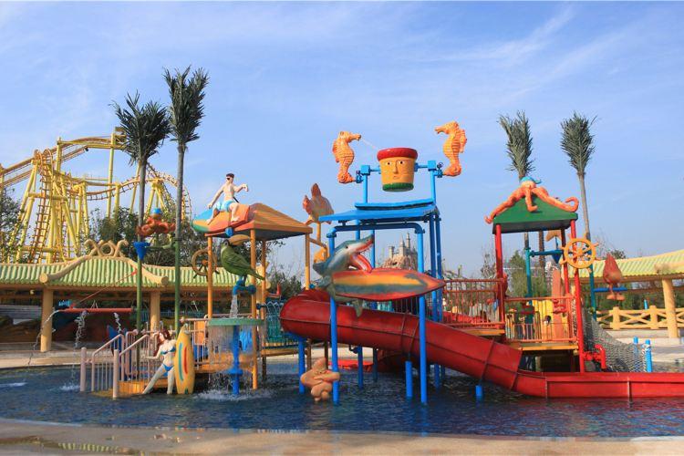 Qingdao Fantawild Dreamland1