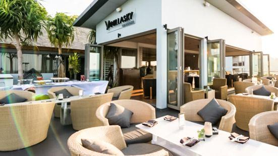 Vanilla Sky Bar & Lounge