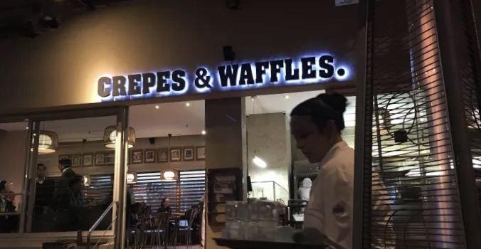 Crepes & Waffles2