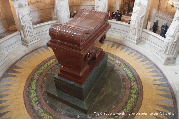Napoleon's Tomb4