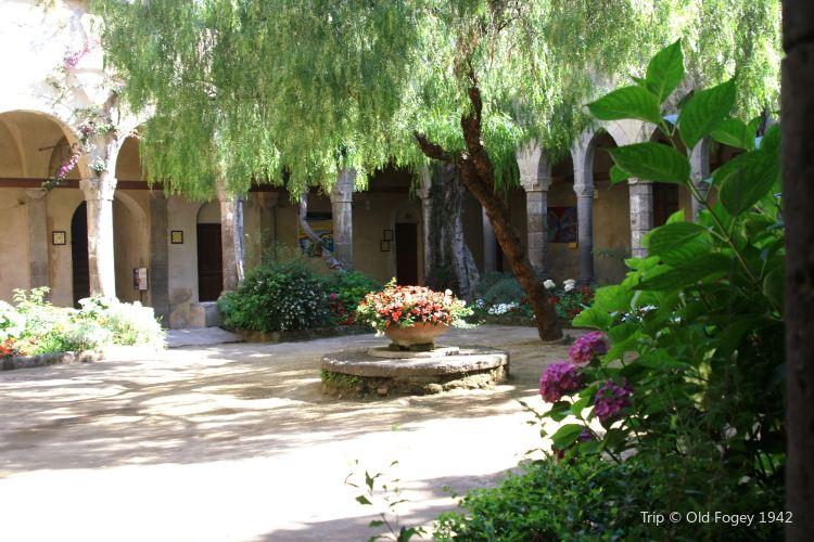 Chiostro di San Francesco2