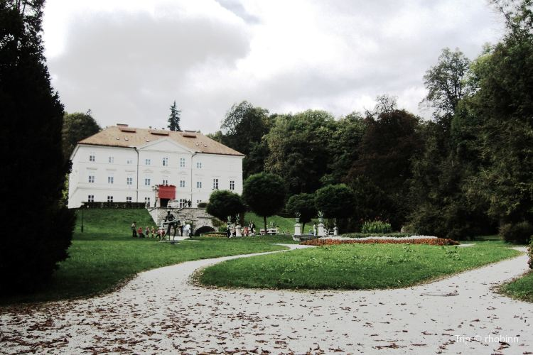 Tivoli Park3