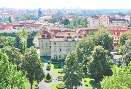 Great Furstenberg Garden