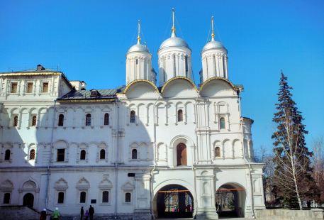 Church of the Tweleve Apostles