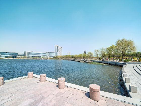 玉龍湖公園