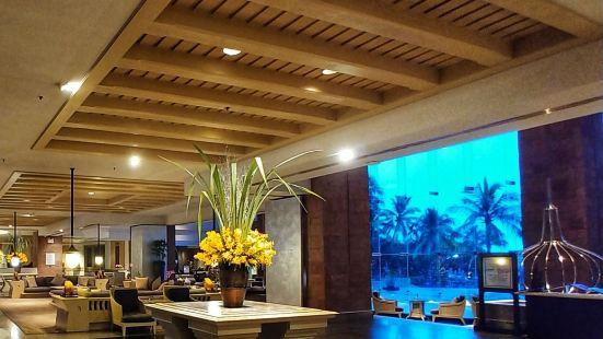 Oceanside Beach Club and Restaurant