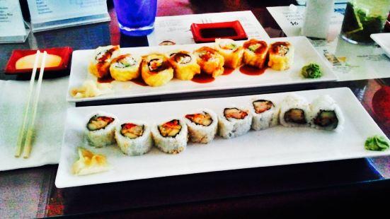 Bikkuri Sushi
