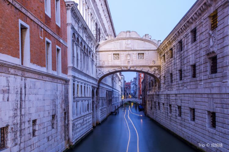 Bridge of Sighs4