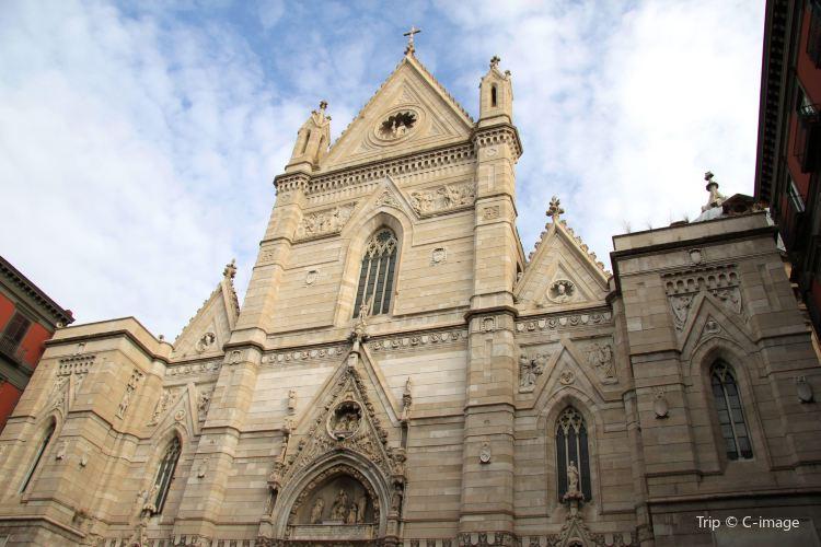 拿坡裡主教大教堂2