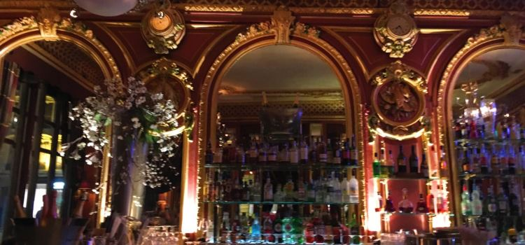 Le Grand Cafe Des Negociants2