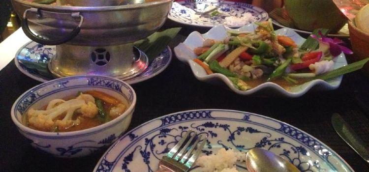 Champey Restaurant2