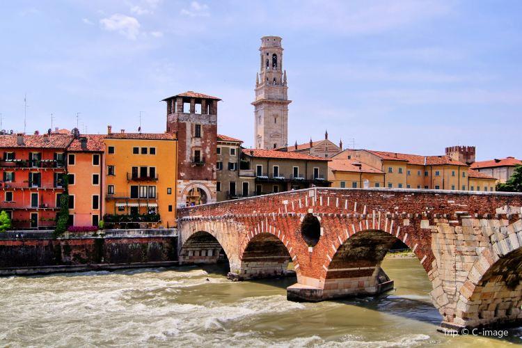 Ponte Pietra1