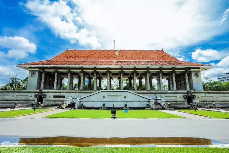 Independence Square & Independence Memorial Hall4