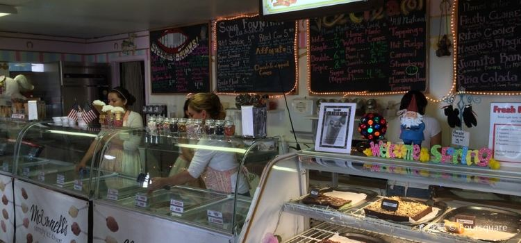Solvang Trolley Ice Cream Parlor1