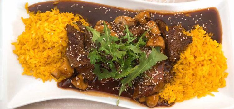 Apetit Restaurant2