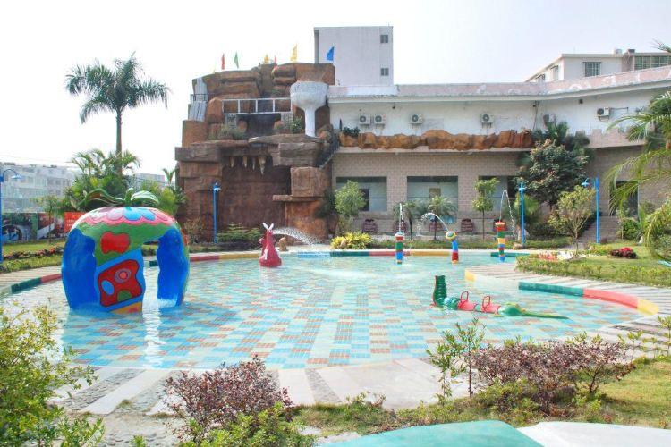 Jinri Hotspring Holiday Resort