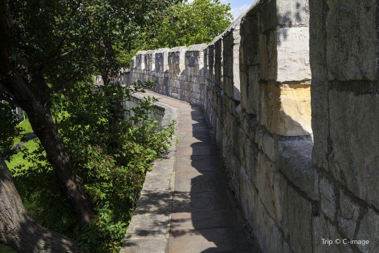 요크 성벽3